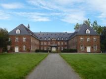 4-04: Kloster Langwaden