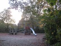 2-15: Spielplatz Schlehenweg