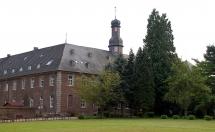 3-17: Nikolauskloster